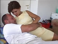 Pregnant beauty gets fucked. Thumb