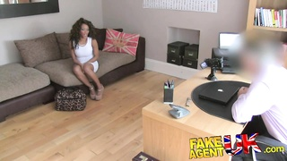 FakeAgentUK Fake interview sees sexy ebony chick get cum Thumb