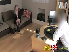 FakeAgentUK Stocking clad MILF gives oral feast on casting couch Thumb