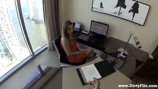Lunch break secretary mouth-fuck Thumb