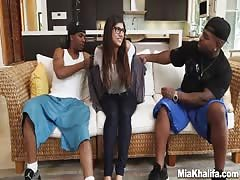 Mia Khalifas Revenge On Boyfriend With Two Black Monster Dicks Thumb