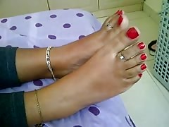 teen indian feet Thumb