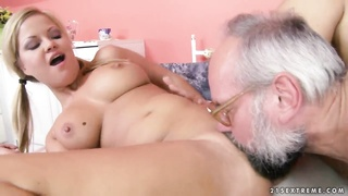 Elderly fart is having wild sex with Sunny Diamond Thumb