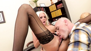 Naughty instructor Holly Fee cravings a hard fuck! Thumb