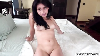 Petite Colombian preparing for exactly the Monster Penis Thumb
