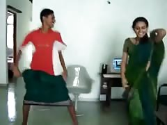 Sexy South Indian hot ass Dance Thumb