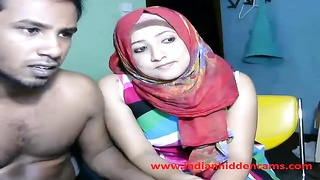 newly married indian srilankan couple reside on web cam demonstrate Thumb