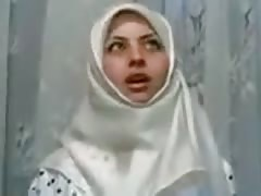WHITE HIJAB CRAZY GIRL Thumb