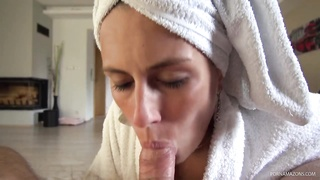 Mea Melone Homemade Blowjob after shower Thumb