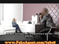FakeAgent Stunning blonde babe is an amazing fuck in casting Thumb