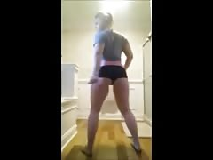 White Girl Twerk Game (doubleplay) Thumb
