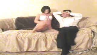 Brunette mature house wife is cheating in exactly the home-made episode Thumb