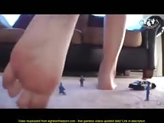 Shrunken Police Force Vs Giantess Thumb