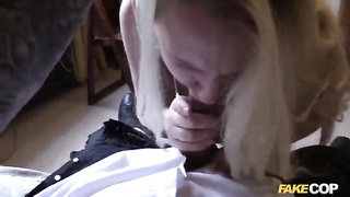 Enjoyable sex action with an very best cocksucking blond Thumb