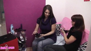 Lesbian porn with naughty hotties playing with vibrators Thumb