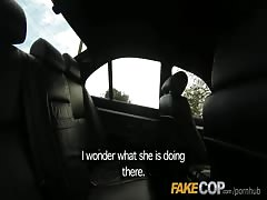 Fake Cop Unfaithful girlfriend feels the force Thumb