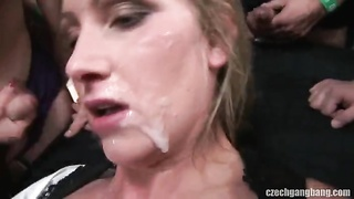Impressive blond is swallowing quite a lot of yummy hard pecker Thumb