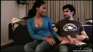 Rookie ebony gal is liking inter-racial sex in precisely the apartment Thumb