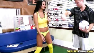 Sporty milf with ideal ass-hole hammering in exactly the shop Thumb