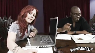 Redhead prostitute is seducing her sexy black-dicked boss Thumb