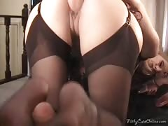 Truly long-legged milf Shanda Fay provides a nice footjob Thumb