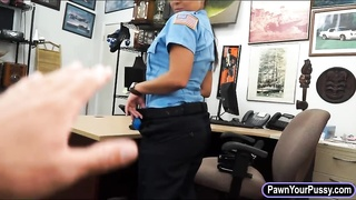 Police officer screwed by nasty pawn guy Thumb