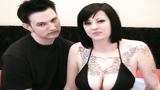 Sexy and huge titted emo doll in stocking plays with posistion 69 Thumb