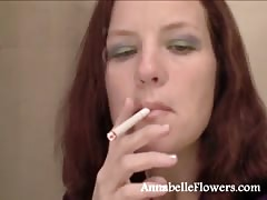 Smoking amateur milf Annabelle Flowers is looking sexy with a cigarette Thumb