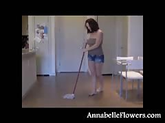 Amateur milf Annabelle Flowers is washing the floor in a sexy way Thumb