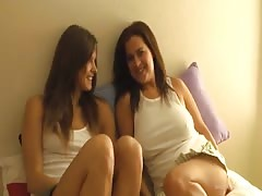 Perfect homemade lesbian sex of two Sharing Paris babes Thumb