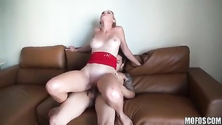 Great homemade porn with reckelss blondy prostitute who was once my gf Thumb