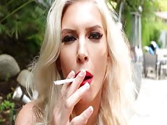Blonde hottie Brooke smokes and masturbates outdoors Thumb