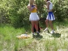 Two young Cheerleader girlfriends are handing out in the video by the Les Anal Thumb