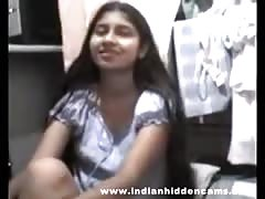 Indian college girl sex stripping for her boyfriend mms Thumb