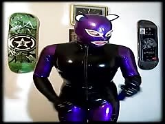 Latex Cat Girl, Shining Her Rubber Catsuit Thumb