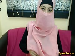 Real Shy Arab Girls Naked only on Cybersluts Thumb