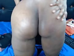 Black fat Colombian MILF is dildoing her old hairy cunt Thumb