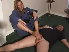 nina Footjob - Part I Thumb