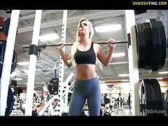 sexy babe flashing at gym Thumb