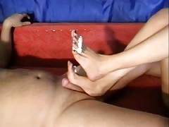 Amateur Footjob By Her Sexy Painted nails Feet Thumb