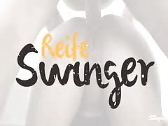 Reife Swinger - Hot MMF threesome with lusty mature German Thumb