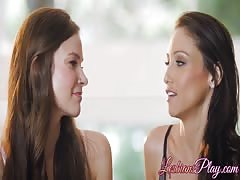 Cute lesbians Celeste Star and Lucy Shiloh love eating pussy Thumb