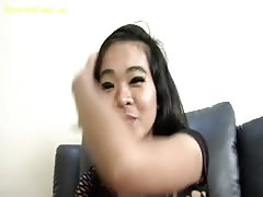 Thai Strumpet Girl Om Thumb
