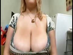 Some young Plump tits Thumb