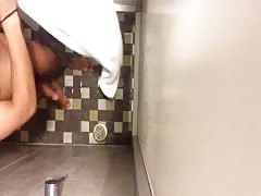 indian guy caught on hidden camera in shower Thumb