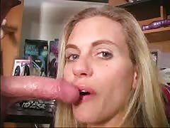 Hot mommy is performing a head and getting cum on the face Thumb