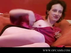 Mature woman shows on webcam flash tall Thumb