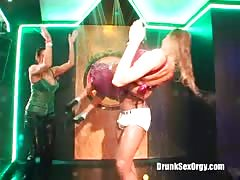 Crazy oral and vaginal sex at a crazy party with the drunk babes Thumb