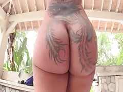 Colombian Ass Paola gets stretched Thumb
