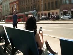Superbe brunette exhibe and fuck in public Thumb